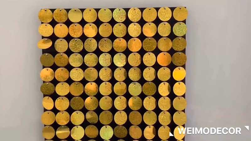 Decorative wall panel with reflective discs for decoration Luxe134